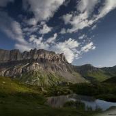 Lac Pormenaz et rochers des Fiz