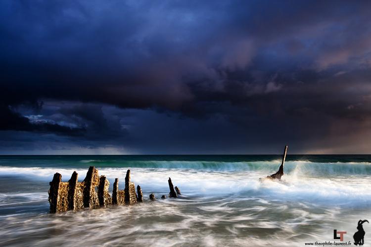 Epave sur le plage de Dicky Beach (Queensland - Australie)